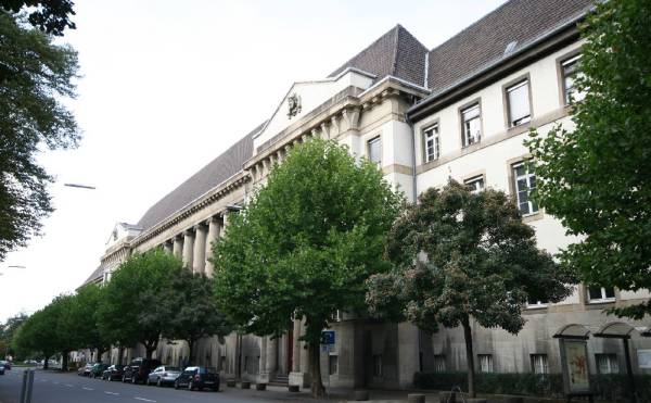 Landgericht Krefeld (B)